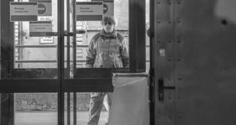 В Иваново больницу закрыли на карантин из-за заражения врачей и пациентов