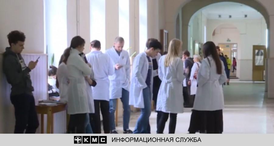 """70% врачей в Крыму будут """"целевиками"""""""